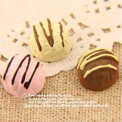 10pcs/12*8mm super cute resin round small cake kawaii Fake Faux food Resin crafts flatback Cabochon(China (Mainland))