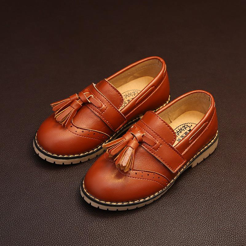 new arrival 2016 spring PU children leather shoes girls shoes fashion tassel casual oxfords kids shoes slip on girls flats(China (Mainland))