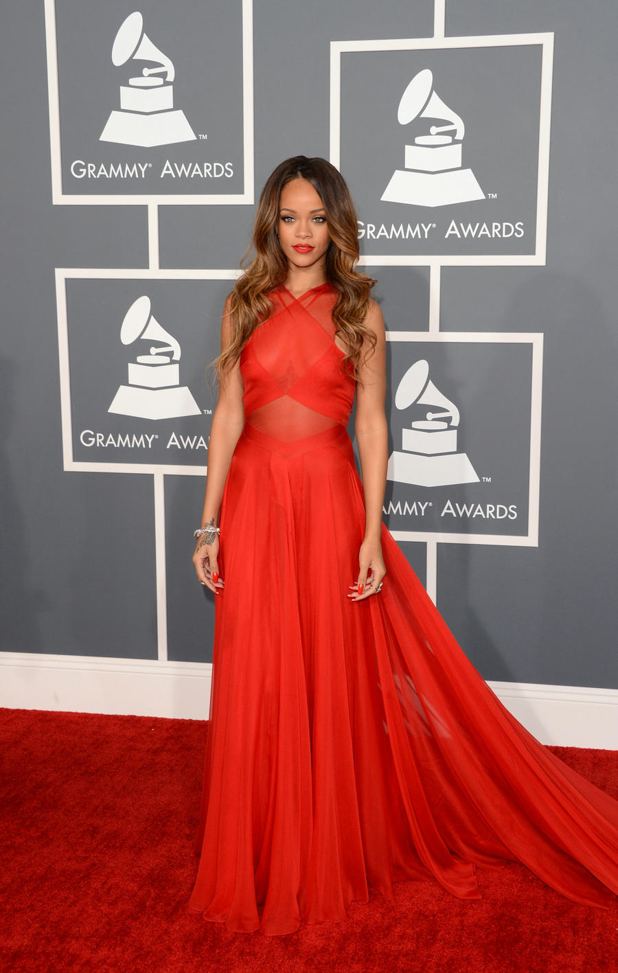 2016 gremmy awards red chiffon backless sexy rihanna celebrity red carpet dresses prom gown - Designer dresses red carpet ...