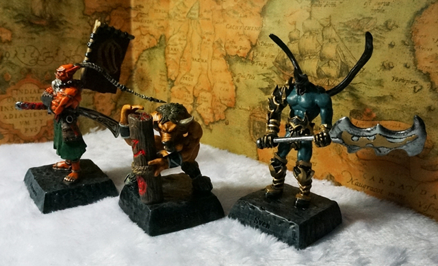 Dota 2(3 pcs/set) 2015 Hot! WOW  Blade Master Swain God cattle 12cm Resin Action figures Free shipping Kids Toys Brithday gift