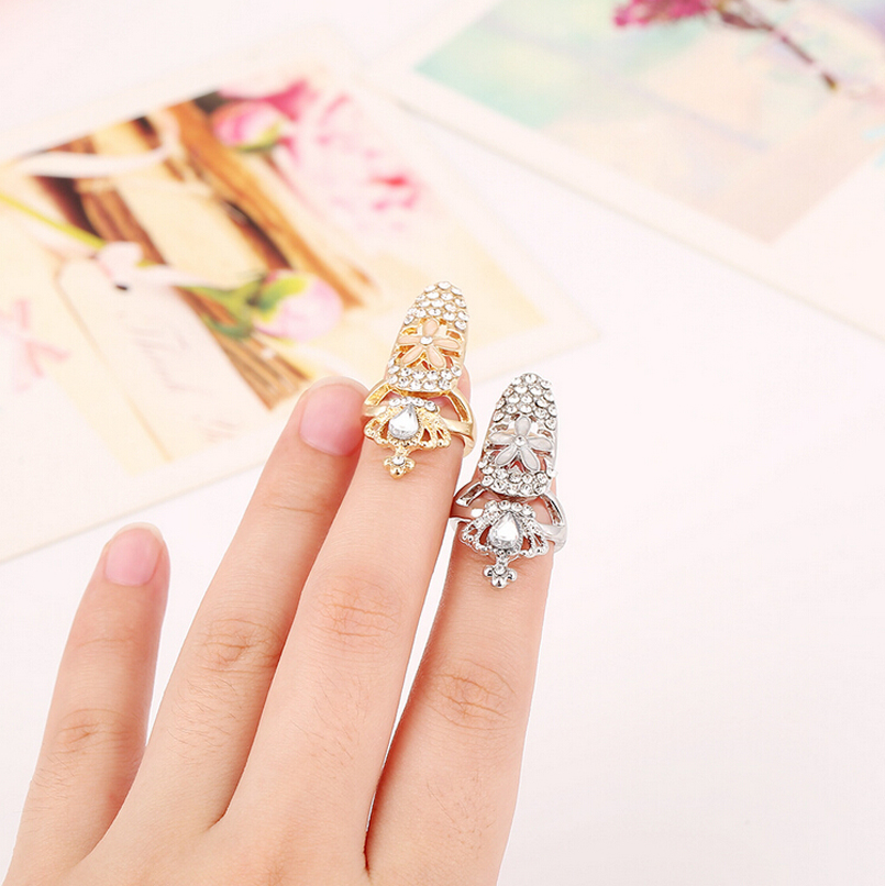Women Elegant Luxury Hollow Out Shine Rhinestone Crystal Flower Crown Ring Silver Gold Plated Top Of Finger Tip Cover Nail Rings(China (Mainland))
