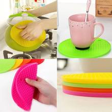 1pcs Colorful Round Non-Slip Heat Resistant Mat Coaster Cushion Placemat Pot Holder Table Silicone Mat Kitchen Accessories 2015