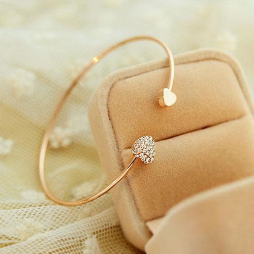 Дамы девушки нью-шик прекрасный сияющий горный хрусталь сладкий в форме сердца браслет ...