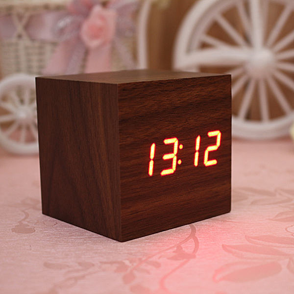 Wood Square Red LED Alarm Digital Desk Clock Wooden Thermometer USB/AAA Hot Sale(China (Mainland))