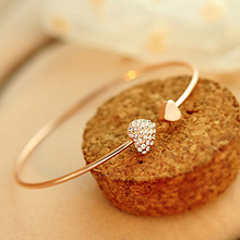 2PCS Womens Trendy Jewelry Double Peach Heart Love Gold Plated Crystal Opening Bracelet Fashion Female Bangles Jewelry Gift(China (Mainland))