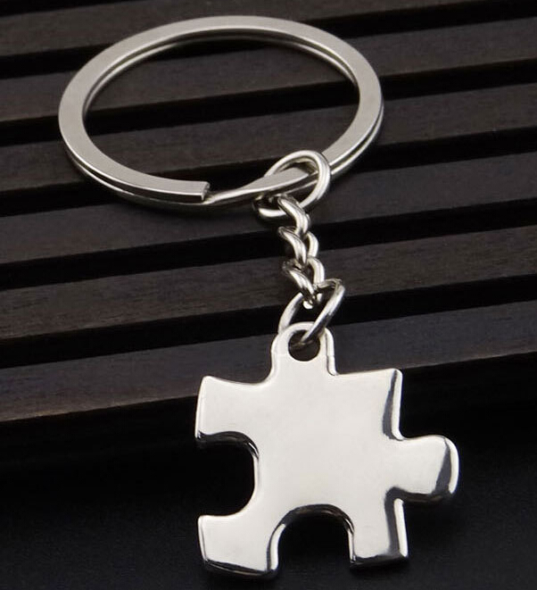 Free shipping wholesale 50/pcs The new creative puzzle key chain metal keychains personality gift bags and car key chain(China (Mainland))