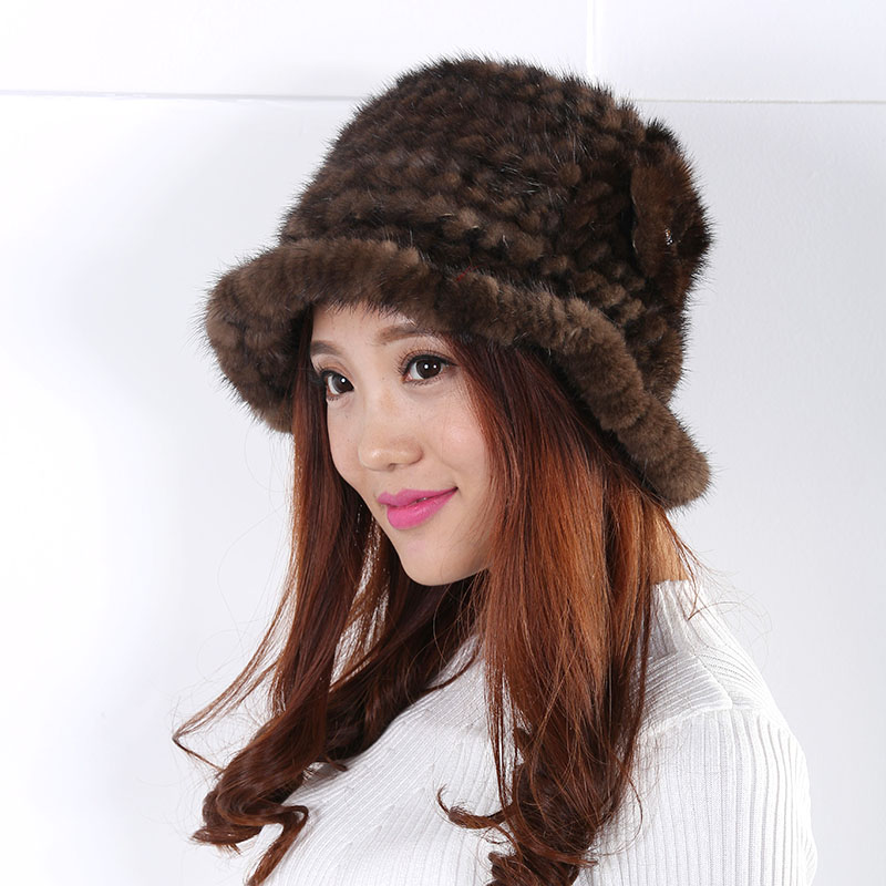 The new autumn and winter warm wool hat grandeur flower decoration Fashion and generous appearance fur pompom Hat Women 2016(China (Mainland))