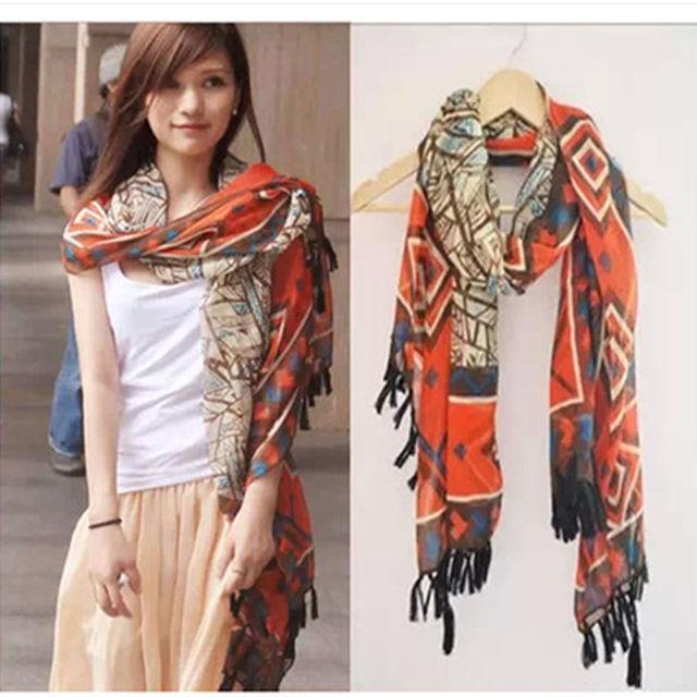 2016 нью-хлопок смесь мода большой геометрический треугольник шарфы девушки кисточкой полоса старинные богемии шарфы бесплатная доставка