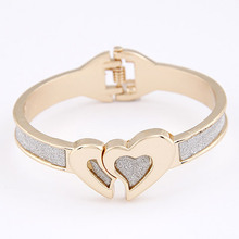 Brand New Vintage Ladies Gold Heart to Heart Cuff Bracelets Bangles Charms Bracelet for Women Men Jewelry bijouterie(China (Mainland))