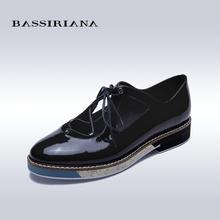 Женщины Плоские основные обувь Подлинной лакированной кожи Синий Черный Круглый Toe Повседневная обувь для женщины Весна Осень Бесплатная доставка BASSIRIANA(China (Mainland))