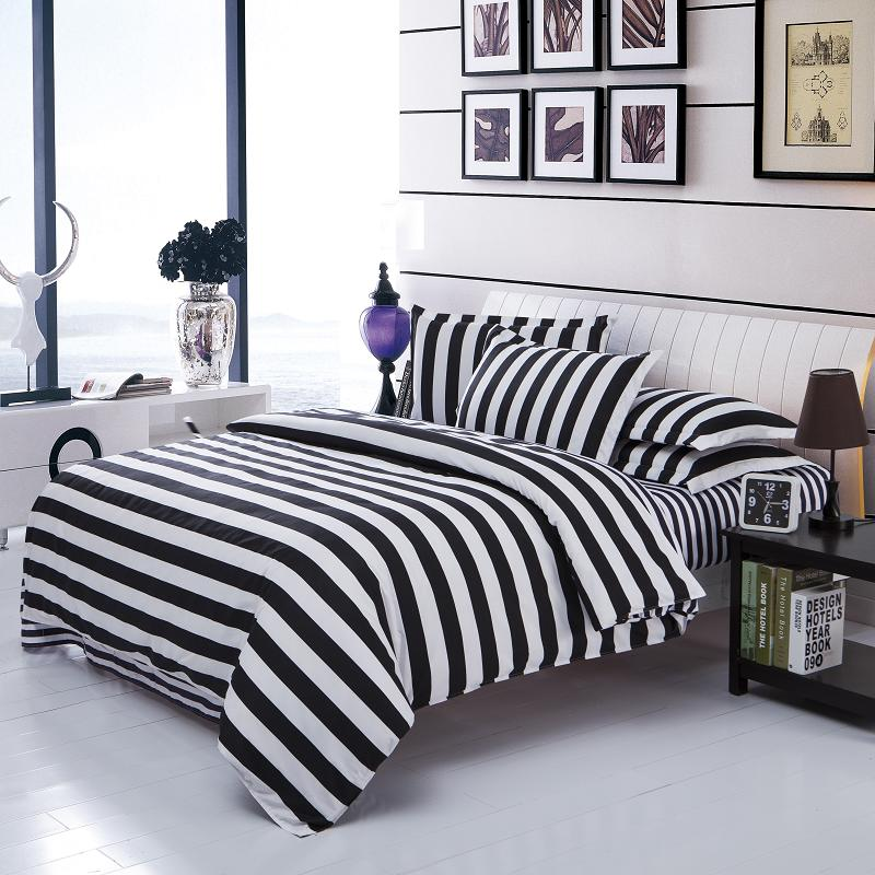 new arrival striped bedclothes white and black cotton quilt cover soft printed bedding set 3pcs. Black Bedroom Furniture Sets. Home Design Ideas