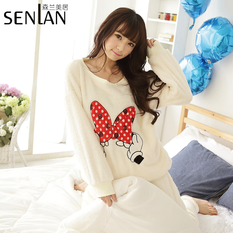 Women flannelround neck nightgown longue,lady girl princess beige embroidery cute bow &amp; hands pajamas set, M-XL SLMJ  T8014Одежда и ак�е��уары<br><br><br>Aliexpress