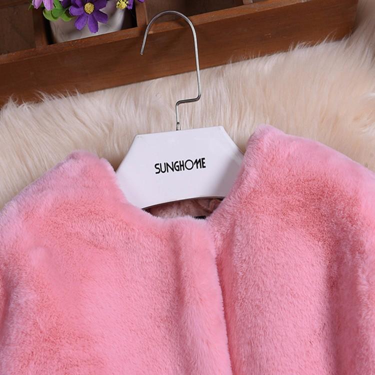 Скидки на Зимние Куртки Девушки искусственного Меха пальто Дети Верхняя Одежда Куртка теплая Верхняя Одежда Ребенка Утолщение Одежда Верхняя Одежда Теплые Топы W45