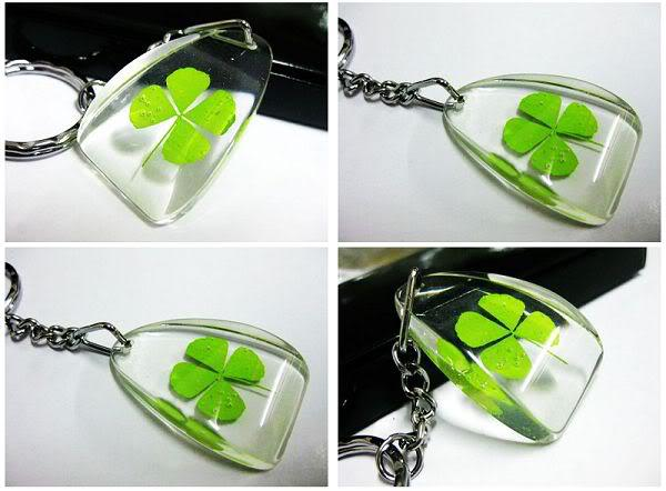 FREE SHIPPING 20 PCS Personalized Four Leaf Clover Keychain GENUINE REAL FOUR LEAF CLOVER<br><br>Aliexpress