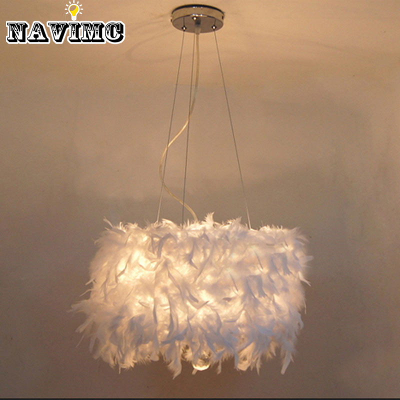achetez en gros feather chandelier lighting en ligne des grossistes feather chandelier. Black Bedroom Furniture Sets. Home Design Ideas