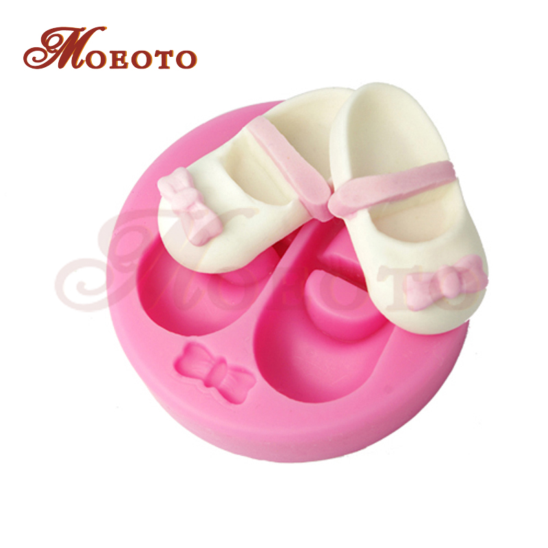 Silicone embossing cupcake mold,baby booties fondant decorating mold, newest cake decoration,free shipping SM-173(China (Mainland))