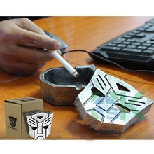 2pcs Creative Cigarette Ash Tray Super Robot Shape Ashtray Lucky Ornament Metal Craft Gifts for Men Table Decor Gift(China (Mainland))