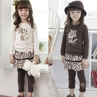 Free shipping 2013 autumn spring children's clothing sets leopard twinset fashion baby girl clothing long sleeve t-shirt 5120