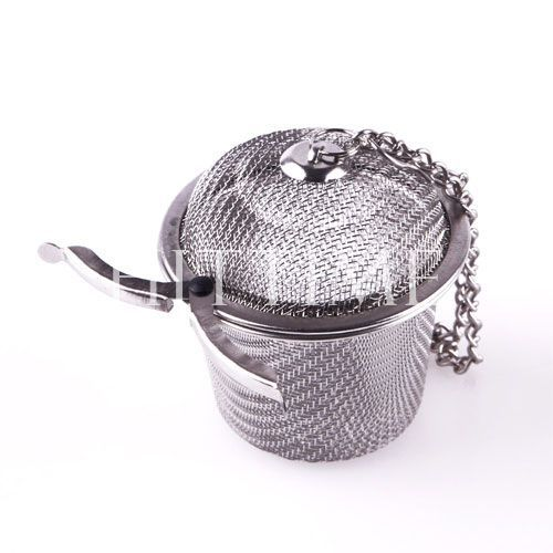 Stainless Mesh Ball Reusable Strainer Herbal Locking Tea Filter Infuser Spice S Size #46896(China (Mainland))