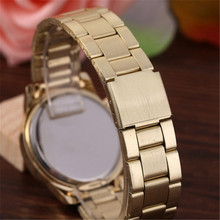 Luxury Brand Design CZ Diamond Geneva Watch Women Stainless Steel Casual Wristwatch Women Fashion Watches Relogio