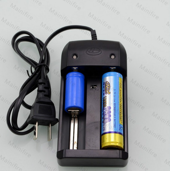Free Shipping New Universal 26650 18650 14500 Auto Off Battery Charging Charger 3 6V Li ion