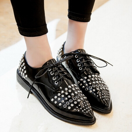 2015 Fashion Star Style Pointed Toe Womens Oxford Casual Faux Leather Lace Dress Formal Rivet Brogue Shoes Women Flat