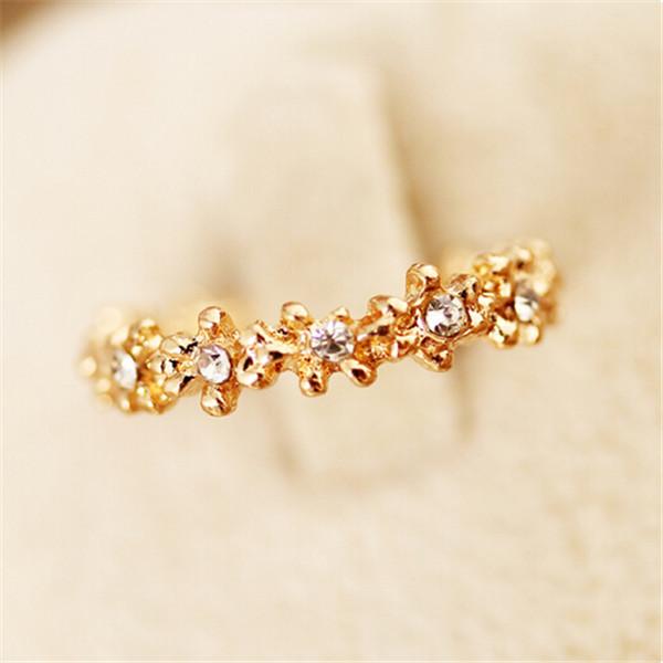 1pcs Flower Finger Rings Women Girls Gold Silver Flower Surround