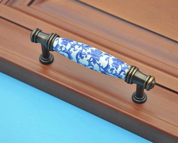 Cabinet Door Handles Pulls Porcelain / Dresser Pulls / Drawer Handles Pulls Knobs Antique Copper Blue Flowers Ceramic Furniture<br><br>Aliexpress