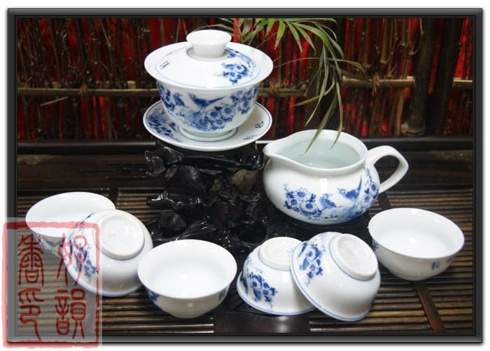 traditional chinese ceramic tea set 8pcs/set blue and white porcelain kung fu tea sets China porcelain teapot Suppliers(China (Mainland))