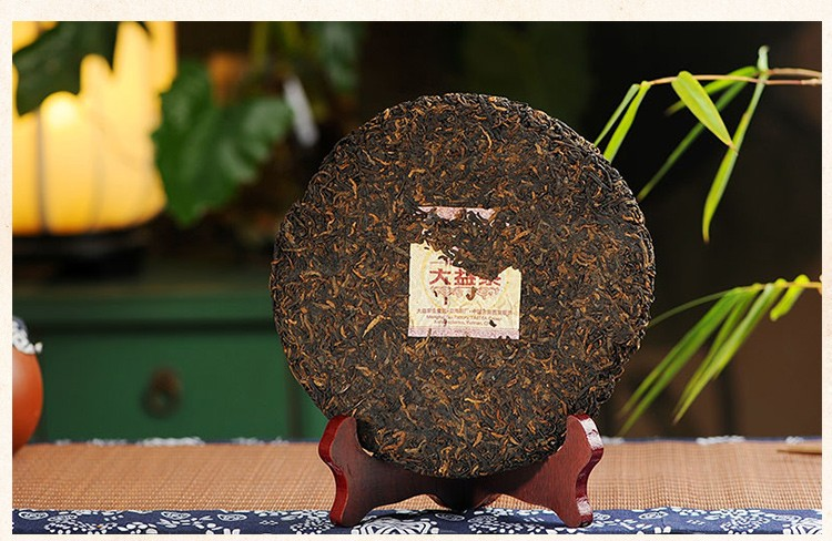 357g 2011 Yunnan Ancient Tree Chinese Top-Grade Cooked Puer Tea Ansestor Antique Yunnan Puerr Cake Tea Health Care Lose Weight