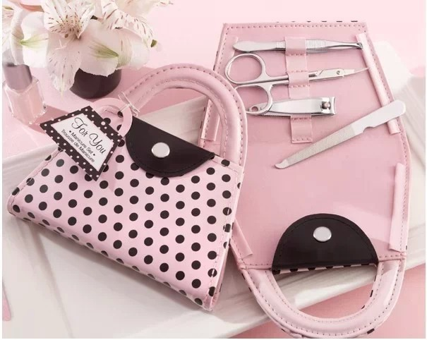 100sets Wedding Favors and gift box Polka Dot Purse Nail File Manicure Sets party decoration Guests gifts nail clipper set(China (Mainland))