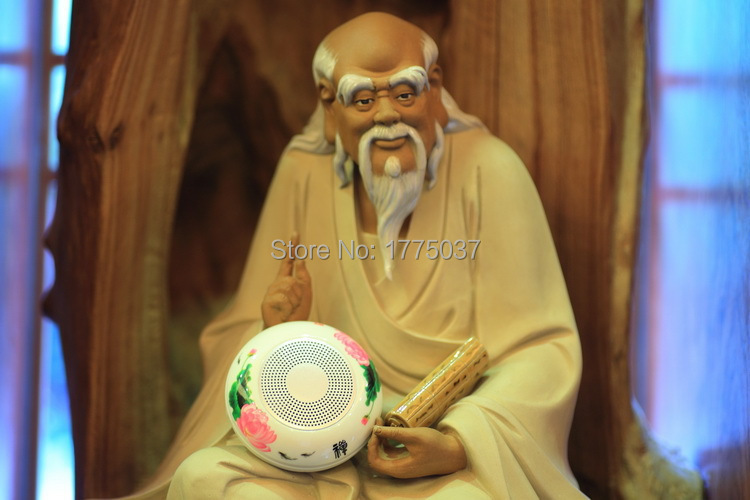 2015 high quality New portable mini speaker with SDcard/USB/Buddhist songs/rechargeable/led light(China (Mainland))
