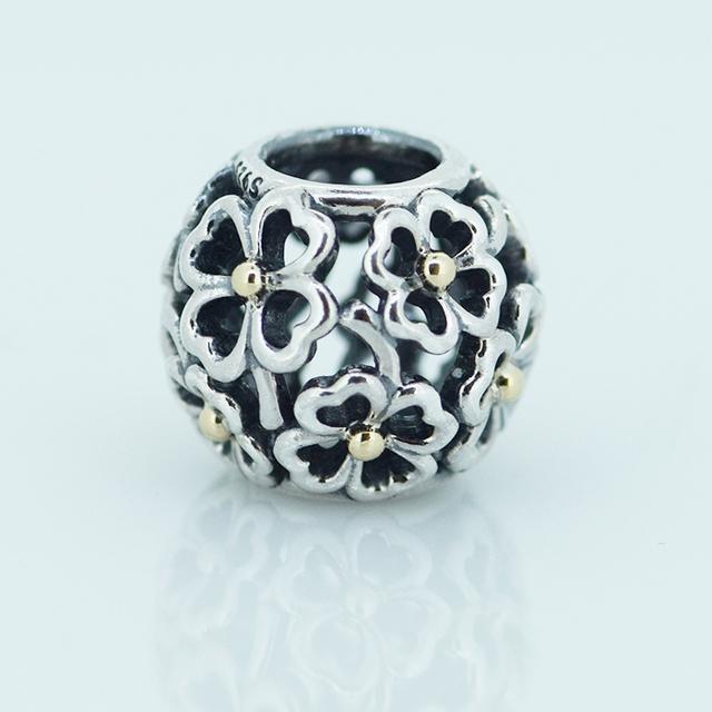 Аутентичные 925 серебряные ювелирные изделия круглый бусины ажурные цветочный дизайн Fit подвески пандора браслет женщин DIY ювелирных оптовая продажа