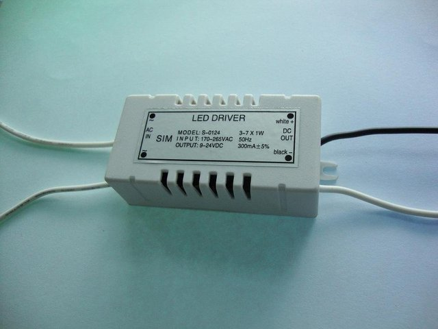 LED Constant current driver;3-7*1W;AC170-265 input;9-24VDC/300ma output;P/N:S-0124