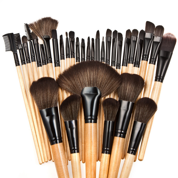 32pcs beauty essentials brushes makeup tool,of the cosmetic brushes kit,eye shadow applicator,paletas de maquiagens profissional(China (Mainland))