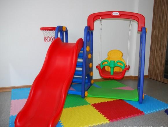 Indoor play equipment baby swing seat kids slides outdoor for Indoor play slide
