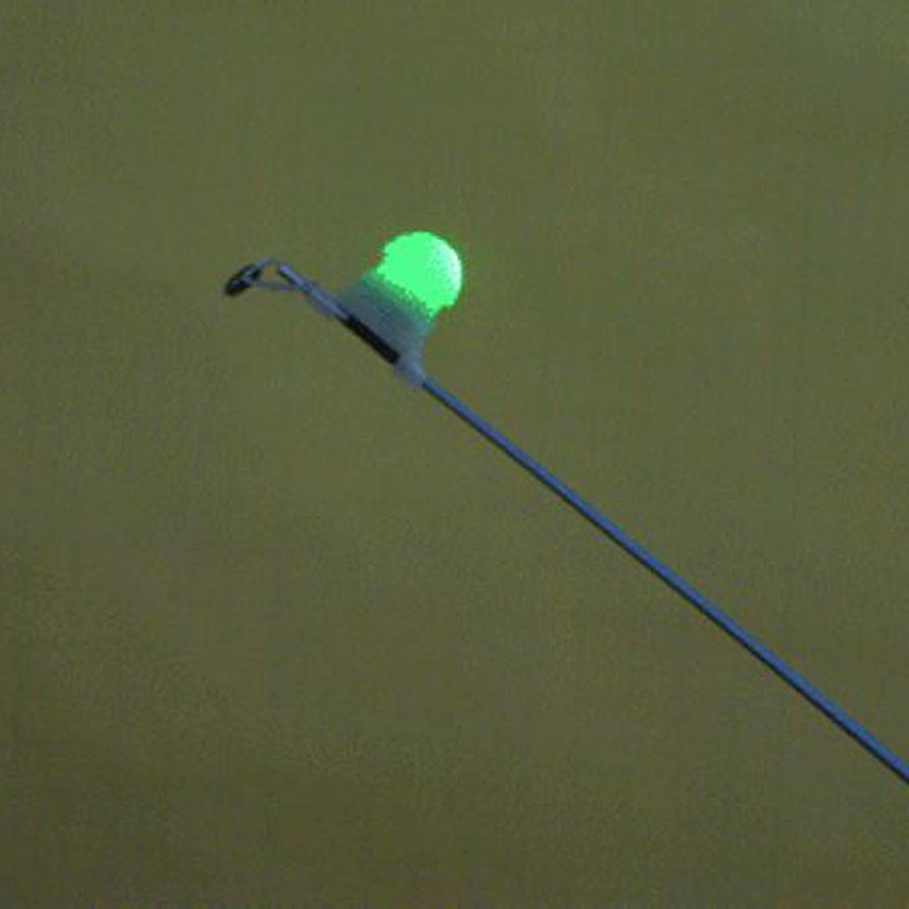Lot 2pcs Night Fishing Tip Light Clip On Fishing Rod Bite Alarm Alert Tools LED Light 2 Colors Fishing Accessories