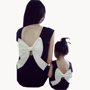 2015 летний стиль семья посмотрите соответствия мать дочь девочка одежду экипировка , мама и дочь платье с бантом спинки черные платья