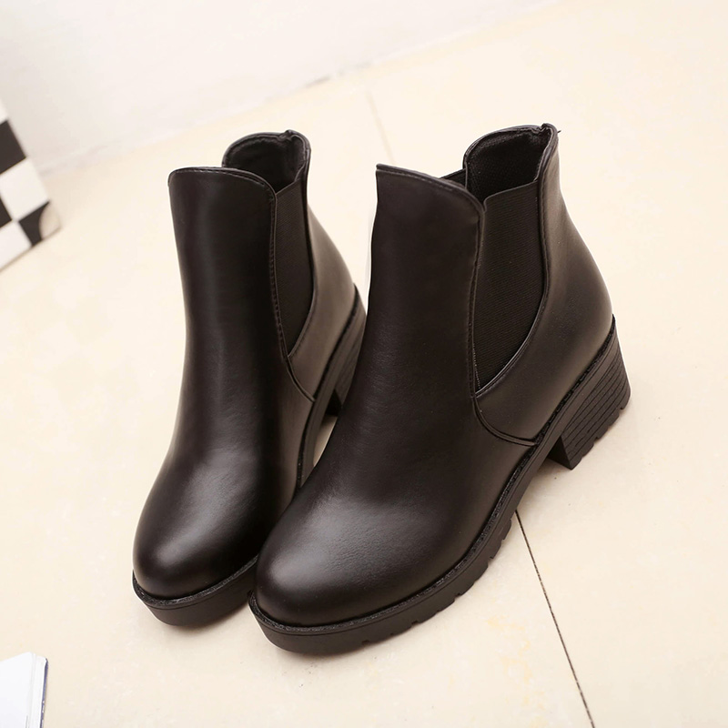 Elegant Women Motorcycle Boots Spike Chain Cowboy Boots For Women Fashion