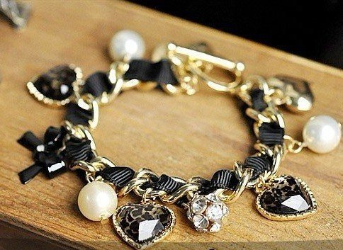 BK-002 Free Ship Retro Heart Leopard Rhinestone Pearl Bangle Bracelet HOT