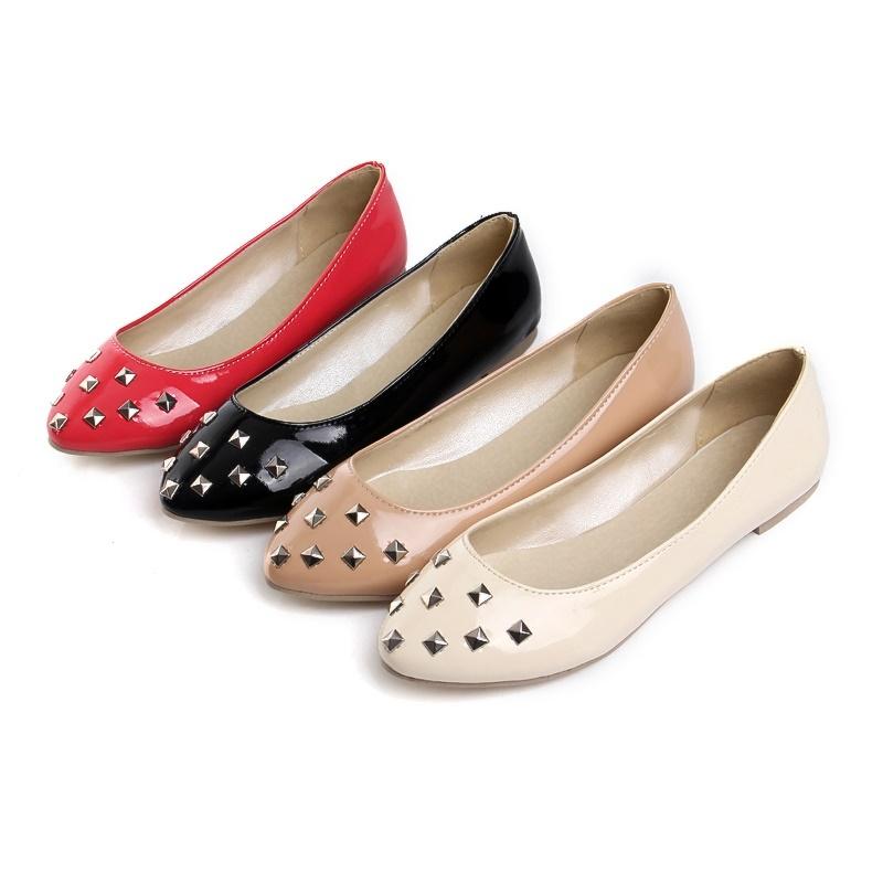 Black Beige Red Khaki Women's Patent Leather Shoes Rivets Low Cuban Heels Round Toe Ladies' Pumps US Size 4-10.5/EU 34-43 s511(China (Mainland))