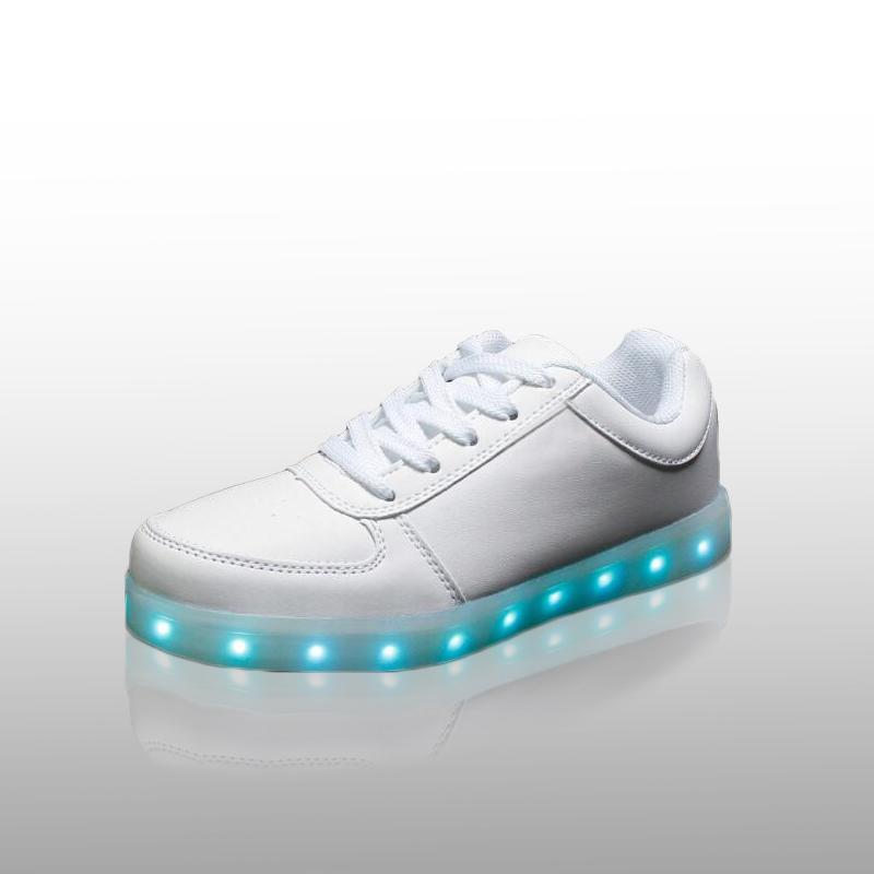 7 Color LED Light Luminous slip-on jordan breathable women board Shoes big size flats fashion noctilucent casual shoes(China (Mainland))