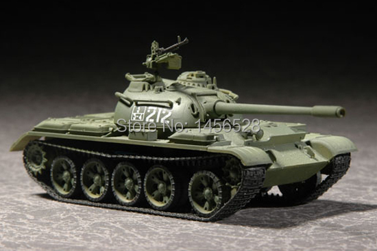 TRUMPETER scale model plastic 07281 1/72 Russian T-54B Medium Tank Assembly Model kits scale model 3D puzzle vehicle model(China (Mainland))
