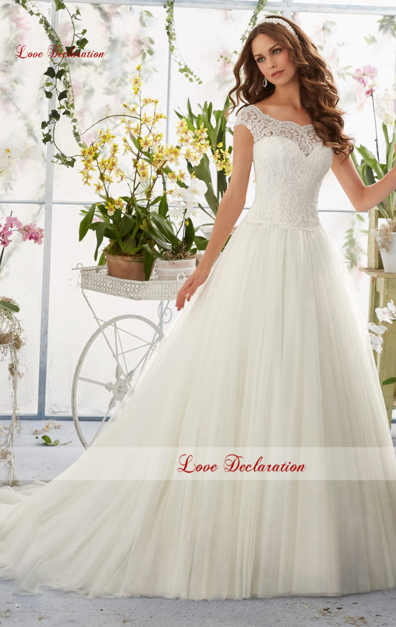 2016 New Sweetheart inlay is overlaid with embroidered lace covering the top over soft net fabric Wedding Bridal Dresses Gowns(China (Mainland))