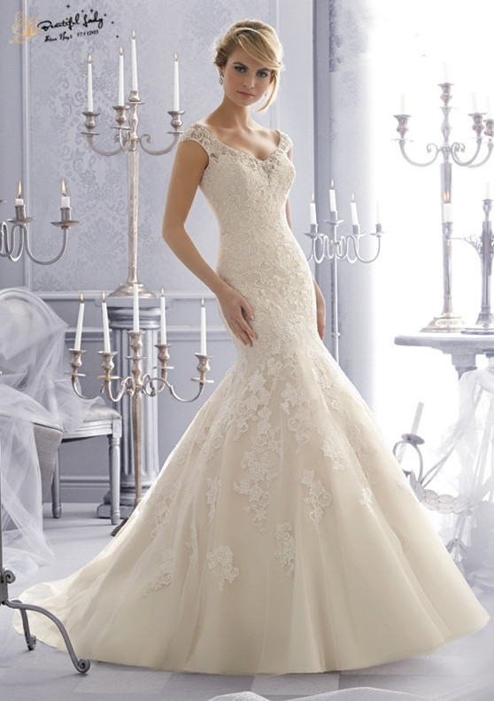 affordable wedding dress designers list 2016