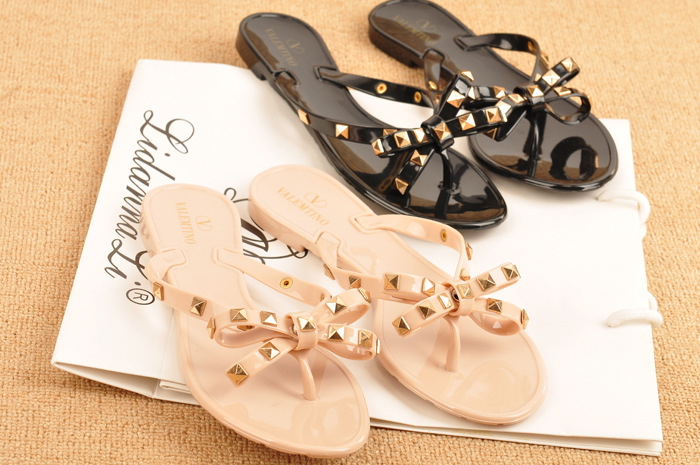 2015 summer new flip - flops rivets big bows flat bottom sandals jelly shoes sandals factory direct(China (Mainland))