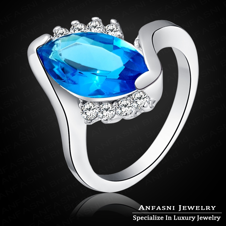 Fashionable Simulated Sapphire Ring Real Platinum Plated Jewelry Women Rings Genuine SWA Stellux Austrian Crystal WX-RI0136(China (Mainland))