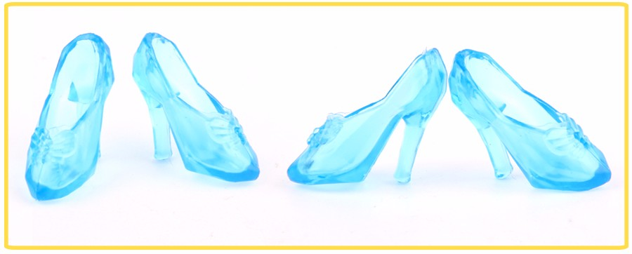 UCanaan Toys 20 Pairs (10 Blue + 10 Clear) Crystal Footwear for 11″ Barbie Cinderella Doll Equipment 2 Colours Free Delivery