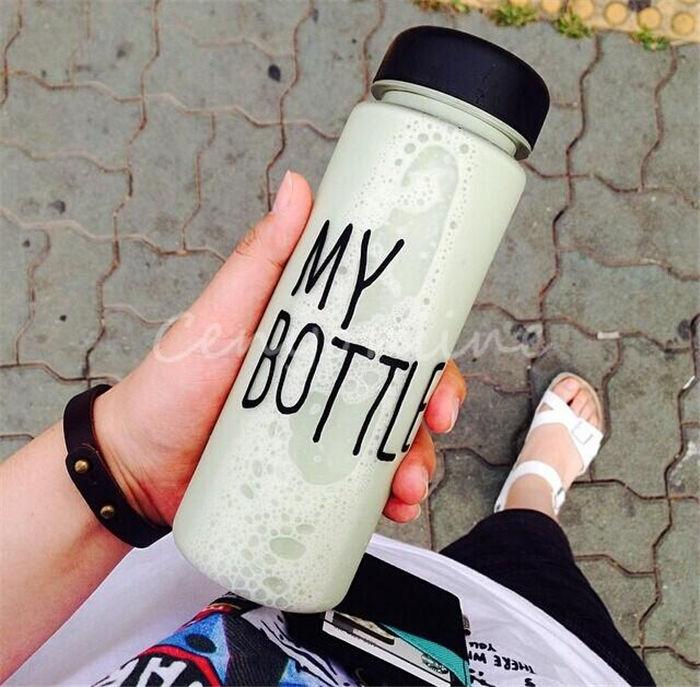 Самые низкие цены! 500 мл Корея стиль новые дизайн моды портативный очистить моя бутылка спортивных велосипедов пластмассовые фрукты сок воды Кубок