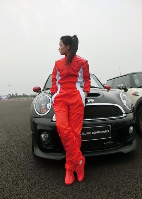 2016 Om carro p corrida coverall roupas raça de automóvel roupas raça de automóvel serviço prática verão(China (Mainland))